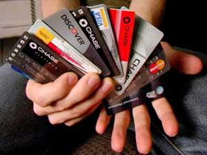[وێنە: How-many-credit-cards.jpg]